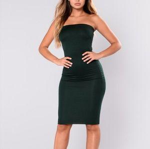 9d7211ed79 NWOT Fashion Nova Green Tube Midi Dress